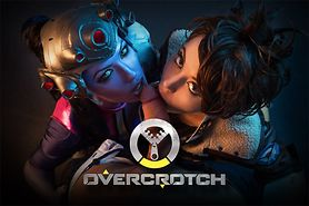 Overwatch Overheats With a VR Threeway