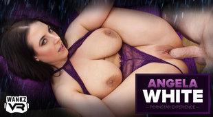 VR Porn Hottie Needs her Giant Tits Sucked