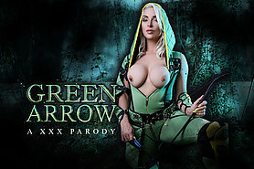 Green Arrow Needs a Shot to the Pussy