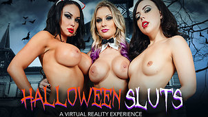 3 Horny Girls start Halloween with a Bang!
